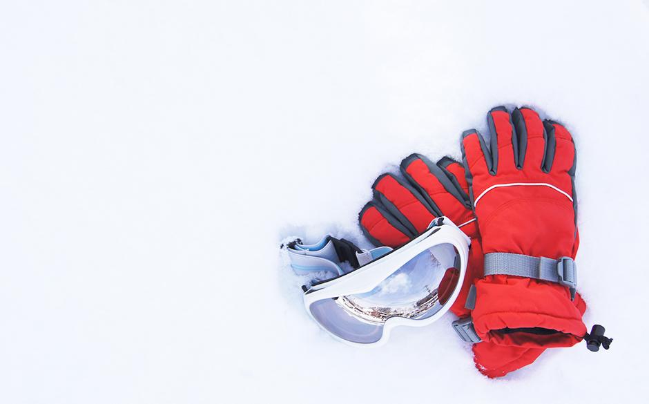 正しく選ぼう。スキーグローブで滑りをもっと楽しく