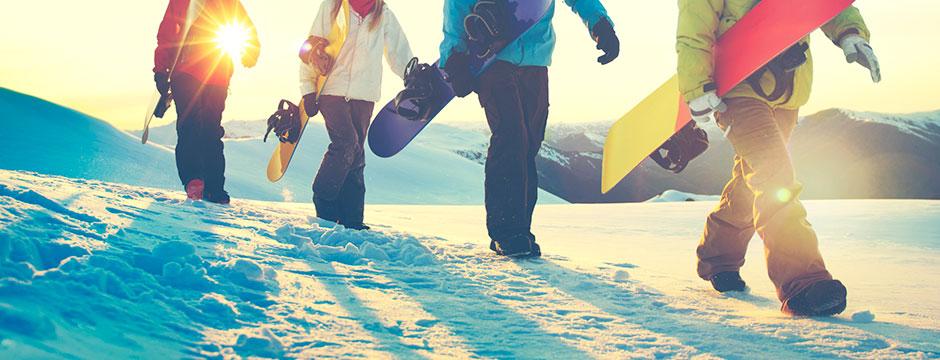 ゲレンデへ繰り出す、その前に!スノーボードの選び方