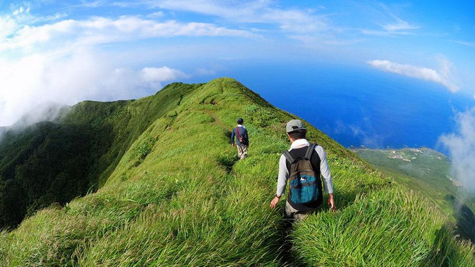八丈富士・天空の道