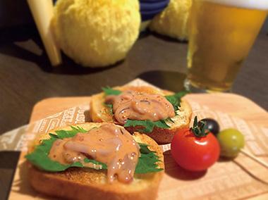 【神津島】 Hyuga brewery 神津島名物の塩辛を洋風にしてみました。新しい味にびっくりしてみませんか?