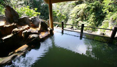 【八丈島】裏見ヶ滝温泉(ゆとりの湯)